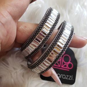 Jewelry - Paparazzi grey rhinestone wrap bracelet/choker